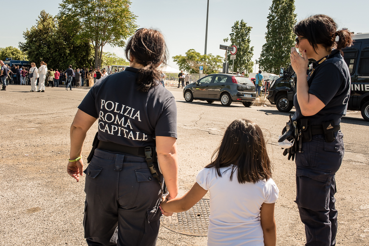 (2015) Ponte Mammolo Camp, At around 9:30 in the morning of May 11, 2015, bulldozers and police in riot gear came to clear the migrant camp in Ponte Mammolo, in the eastern suburbs of Rome. They arrived unannounced and the